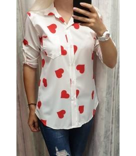 Asimetriniai marškiniai su širdelėmis