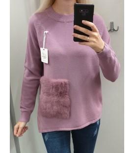 Megztinis su kailine kišene