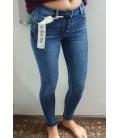 Push up modelio džinsai