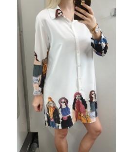 Laisva marškinukų tipo suknelė su merginomis