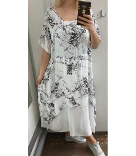 Didesnio dydžio aprašinėta maxi suknelė