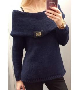 Megztinis su plačia apykakle