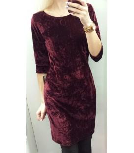 Glamžyta veliūrinė suknelė